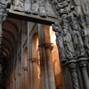 Santiago de Compostela. - trumeau z posągiem św. Jakuba